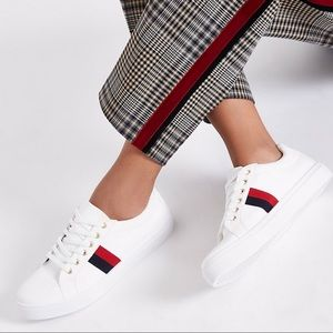 Women's causal sneakers